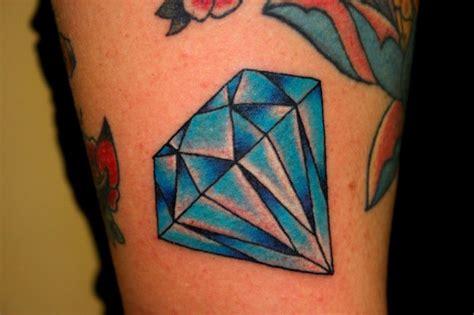 tattoo old school diamante significato tatuaggi diamanti con iniziali imagui