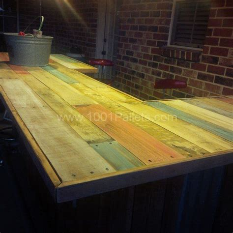 Diy Wood Bar Top by Reclaimed Pallet Wood Bar Recycling Projects Ideas