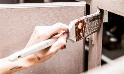 paint your own kitchen cabinets how to paint your own kitchen cabinets smart tips