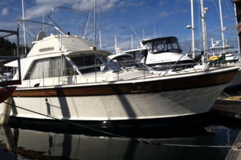 42 foot cruiser houseboat 42 foot chris craft sport cruiser 42 foot 1969 motor