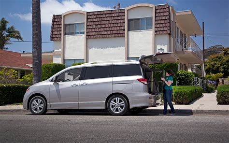 nissan quest rear 2011 nissan quest long term update 7 motor trend