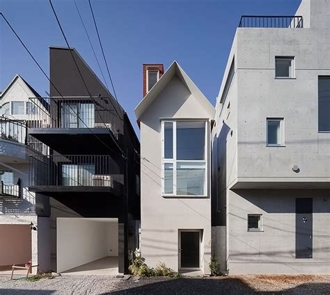 japan skinny house 10 smart skinny buildings squeezed into teeny tiny spaces