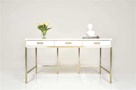White Lacquer Desk Accessories 1000 Ideas About White Lacquer Desk On Pinterest Gold Desk Home Office And White Office