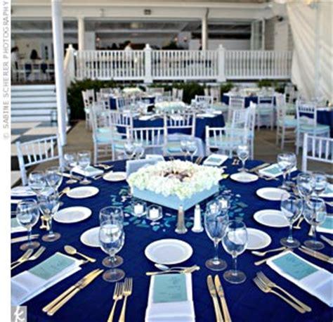 navy blue white wedding flower problems weddingbee