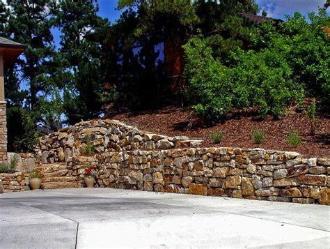 siloam stone boulder retaining walls colorado quarry