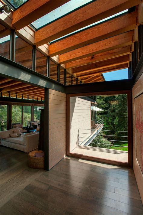hogares frescos casa pintoresca perdida en el bosque