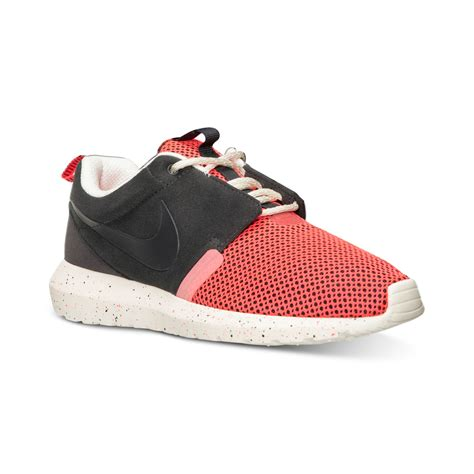 Sale Nike Roshe Run New Casual Pria Sneakers Diskon Terbaru nike mens roshe run nm casual sneakers from finish