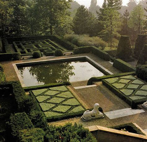 Formal Garden Layout Garden Design Ideas 38 Ways To Create A Peaceful Refuge