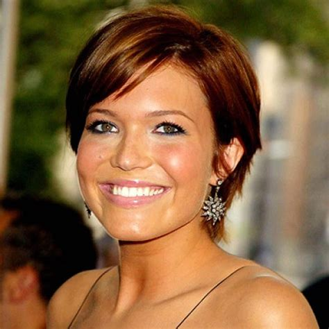 mandy moore music video hairstyles 15 sassy hairstyles featuring mandy moore short hair