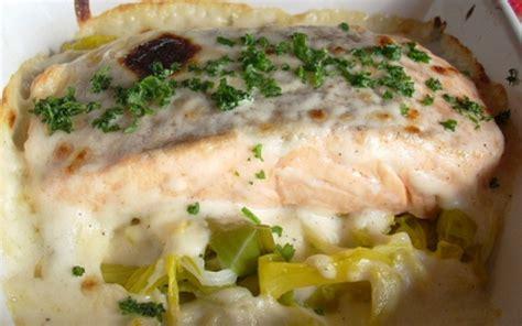 recette saumon sur lit de poireaux 233 conomique et simple