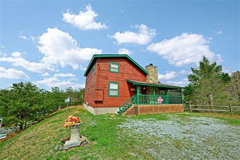 Secluded Cabin Rentals In Sevierville Tn by Cabin In The Smoky Mountains Sleepy Ridge Cabin
