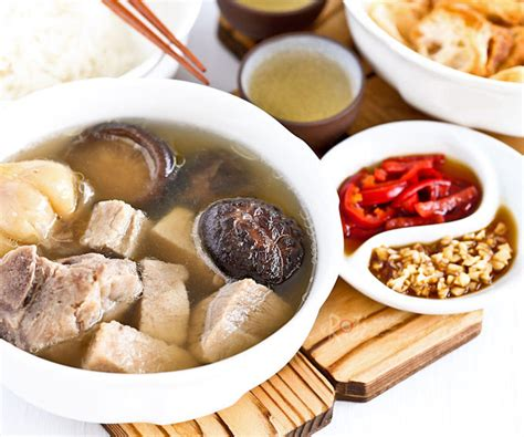 Singapore Bak Kut Teh Ready To Cook Sauce Kit singapore teochew bak kut teh roti n rice