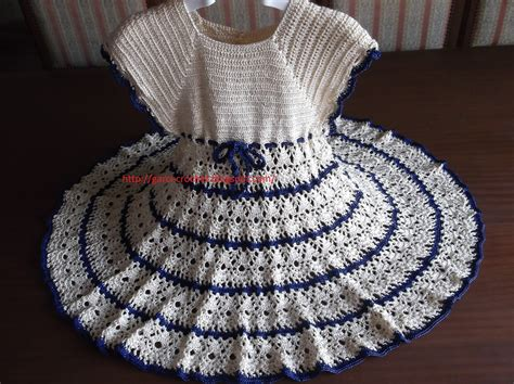 Modele Robe Fillette Au Crochet Gratuit robe de fillette au crochet