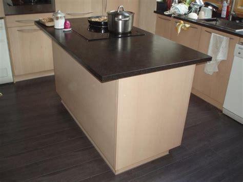 table de cuisine sur mesure ikea ilot de cuisine sur mesure en h 234 tre et granit roland