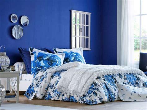 Mur Bleu Roi by 10 Nuances De Bleu Pour D 233 Corer Sa Chambre