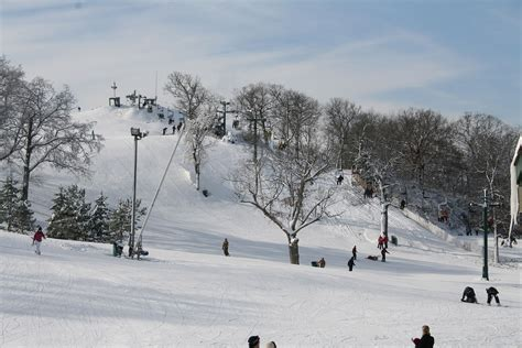 fun christmas tree places in se wisconsin winter in southeastern wisconsin downhill skiiing snowboarding