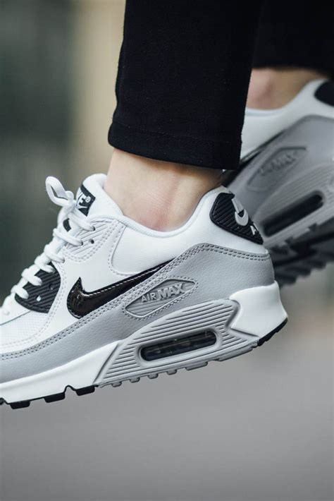 Spotec May Walking Shoes Grey the stunning nike air max 90 essential in white grey
