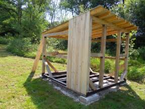 pose des planches de bardage photo de l abri de jardin