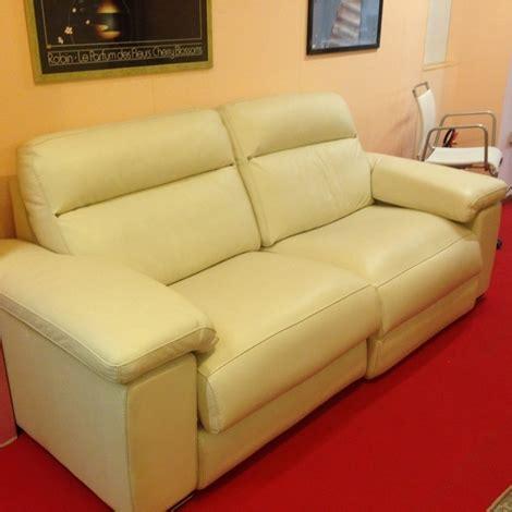divano artigianale divano artigianale in pelle scontato 51 divani a