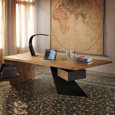 scrivanie legno design scrivania di design in legno nasdaq di cattelan arredaclick