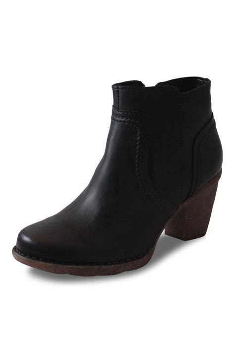 clarks black ankle boot from columbia by big boot