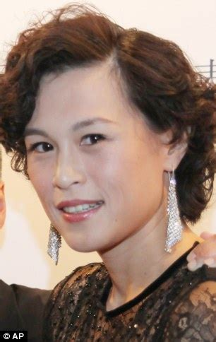 gay daughter of hong kong billionaire tells him: 'i will