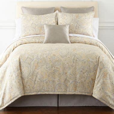 liz claiborne comforter liz claiborne amhurst 4 pc paisley comforter set found at