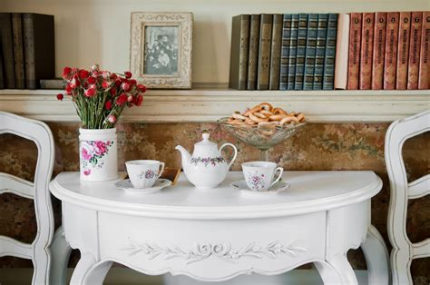 tips on vintage decorating guest post the good girls guide