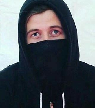 Masker Alan Walker 156 best alan walker images on alan walker