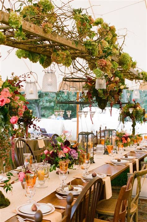 Vintage Wedding Table Decorations by How To Decorate Your Vintage Wedding With Seemly Useless