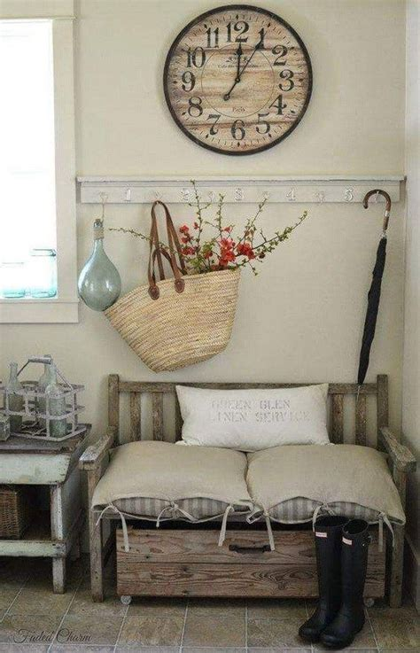 Cottage Entryway Ideas 25 Best Ideas About Cottage Entryway On Front