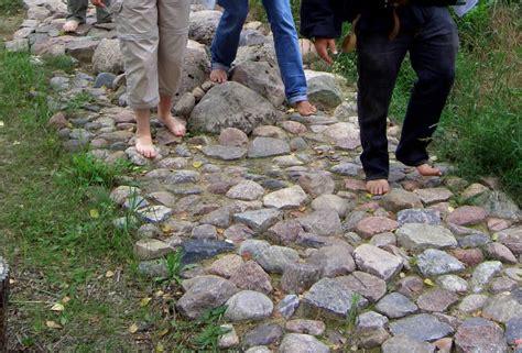steine versiegeln f 252 hlstrecken holz und stein
