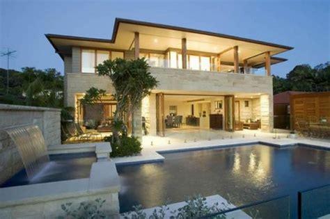 casa moderna piscina e queda de 225 gua eu decoro