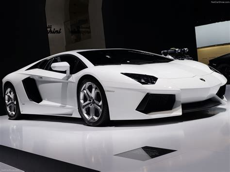 Car Pro: Lamborghini Aventador LP700 4 Photos & videos