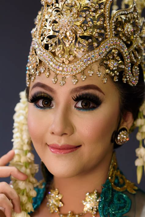 download vidio tutorial makeup pengantin makeup pengantin sunda siger makeup vidalondon