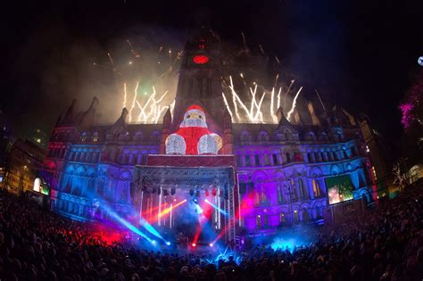 when is the manchester christmas lights switch on