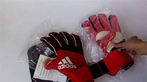 Sarung Tangan Kiper I Made Wirawan sarung tangan kiper adidas ace trans fs promo az3706