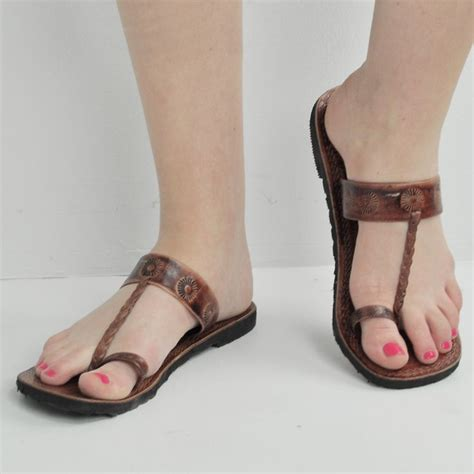 sandals with toe loop pin by zane on wants for clothing