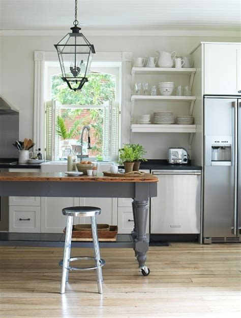 Heir and Space: Tables as Kitchen Islands