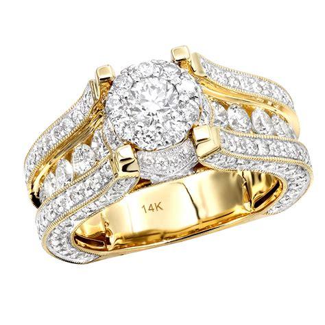 glowing  carat halo  diamond engagement ring  gold  women