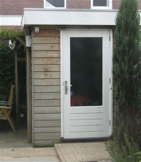 schuur nieuw dak tips nieuw plat dak houten schuur