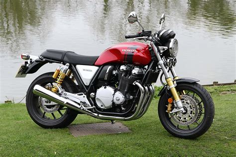 2017 Honda CB1100RS First Test Review