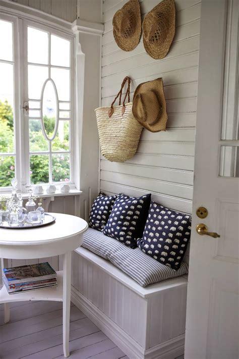 Small Sunroom Decorating Ideas 20 Small And Cozy Sunroom Design Ideas Home Design And