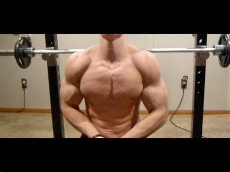 bench press for pecs activating your chest during a bench press youtube