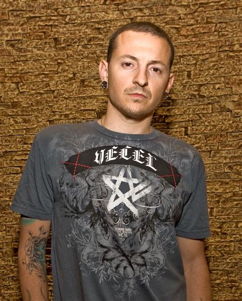 club tattoo body jewelry linkin park singer chester bennington opens club tattoo at
