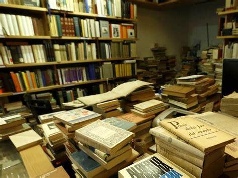librerie testi scolastici roma scuola la protesta di librai e cartolai il comune non