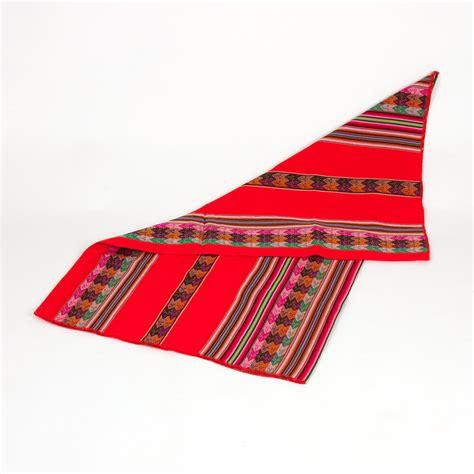 decke peru gro 223 e aguayo decke rot aus bolivien mit tradionellen symbolen