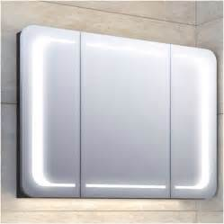 spiegel mit beleuchtung günstig chestha badezimmer spiegelschrank dekor