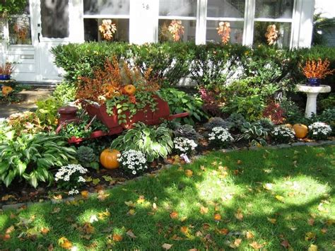 fall landscaping tips 47 best images about outdoor living on pinterest outdoor