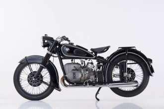 Motorrad In Mobile Stellen by Motorrad 90 Jahre Bmw Motorr 228 Der Eine Chronik Mobile